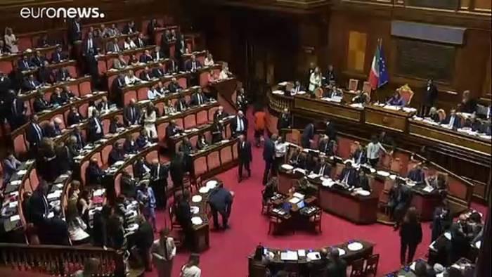News video: Italiens Regierung nimmt die letzte Hürde im Senat