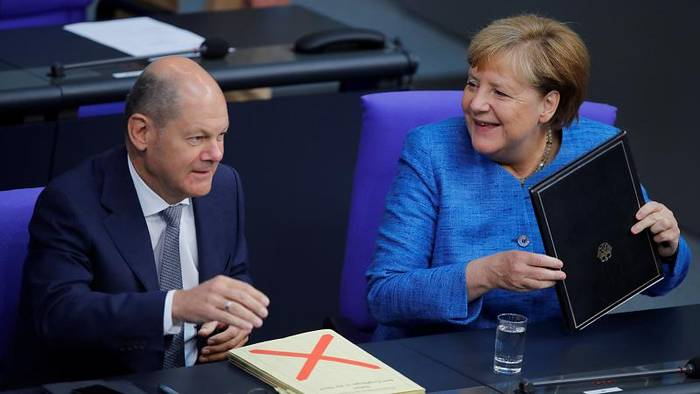 News video: Merkel glaubt weiter an Brexit-Abkommen