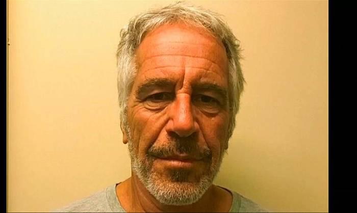 Video: Mutmaßlicher Sexhandelsring: Fall Epstein beschäftigt Frankreich