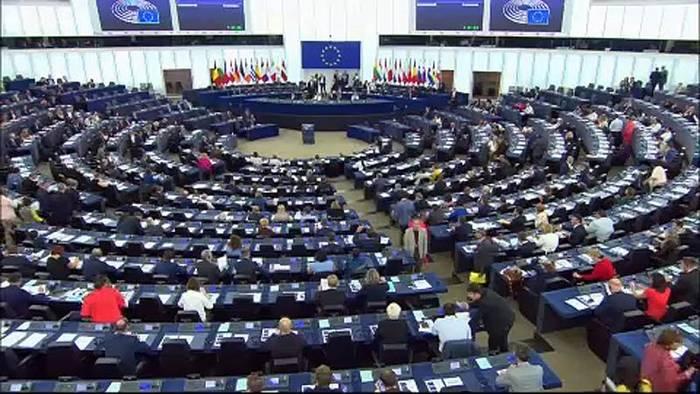News video: Harte Worte im EU-Parlament für Boris Johnson