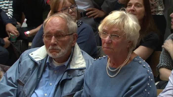 Video: SPD-Kandidaten für Vorsitz stellen sich Basis in Berlin