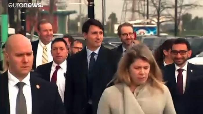 News video: Mit Turban und braunem Gesicht: Kanadas Trudeau entschuldigt sich öffentlich