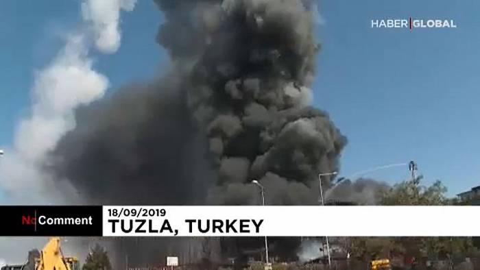 News video: Explosion in der Türkei: Behälter schießt durch die Luft