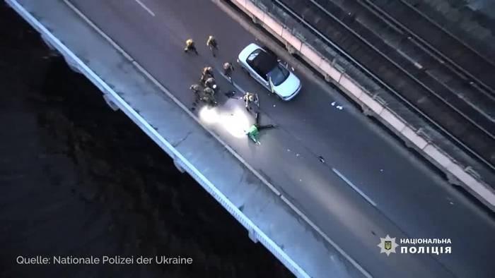 Video: Terror-Alarm in Kiew: Mann droht Brücke zu sprengen