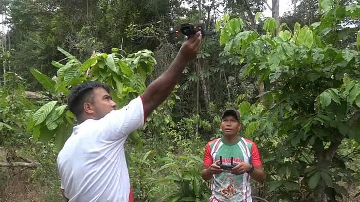 News video: Amazonas: So kämpft der Tikuna-Stamm gegen Brandstifter