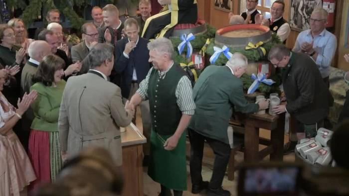 News video: Wieder zwei Schläge - Das 186. Oktoberfest ist eröffnet