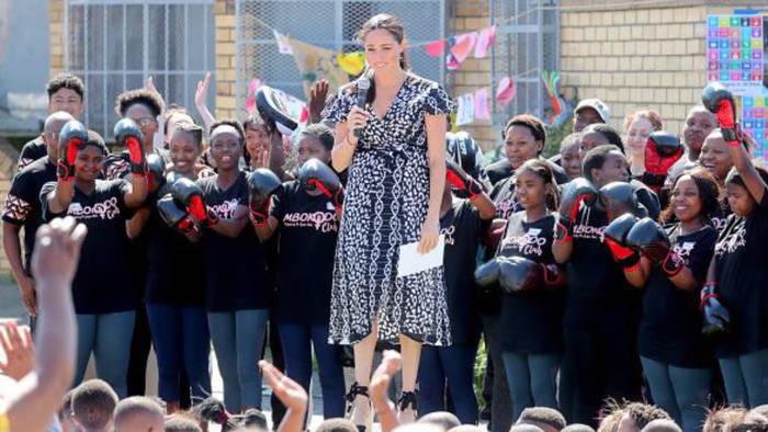 Video: Herzogin Meghan: Starke Worte in Südafrika