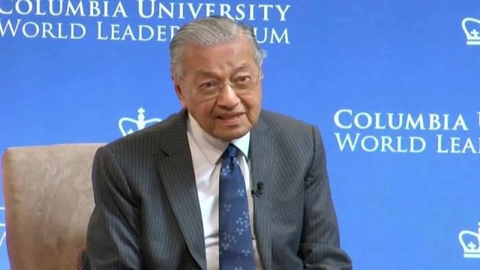 News video: Malaysias Ministerpräsident verteidigt Zweifel an Holocaust-Opferzahl
