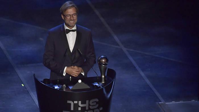 News video: Auszeichnung der Fifa: Jürgen Klopp ist Welttrainer des Jahres