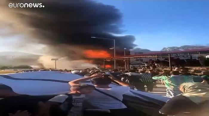 Video: Tote bei Feuer im griechischen Flüchtlingscamp Moria