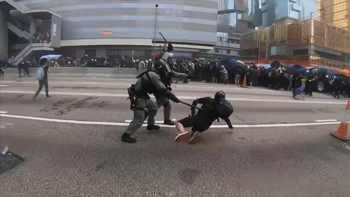 News video: Ausschreitungen bei Demonstrationen in Hongkong