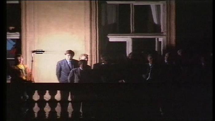 """Video: Heute vor 30 Jahren: Genscher """"befreit"""" DDR-Flüchtlinge"""