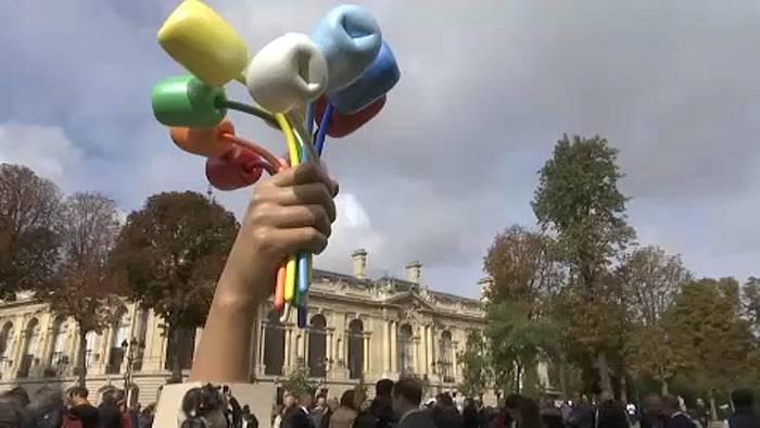 Video: Tulpenstrauß für Terroropfer: Streit um Jeff Koons-Skulptur in Paris