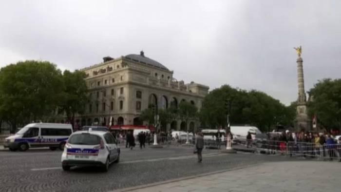 Video: Messerattacke: Ermittlungen wegen Terrorverdachts
