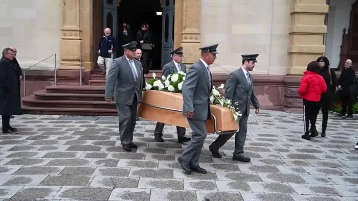 News video: Designer-Sarg für Colani: Stardesigner in Karlsruhe beerdigt