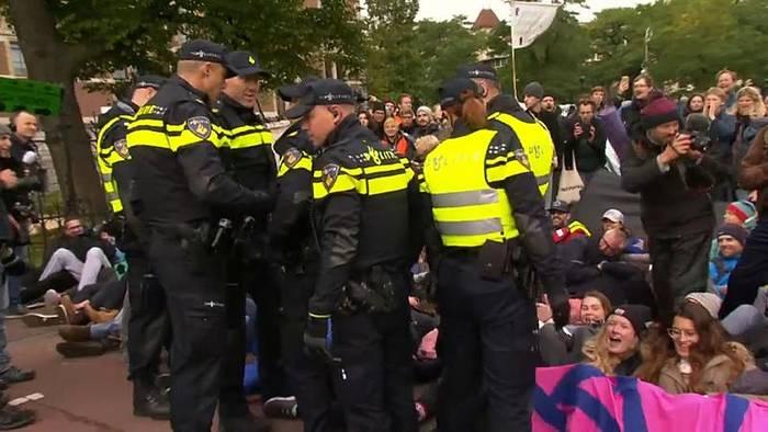 News video: Dutzende Festnahmen bei Klima-Protesten