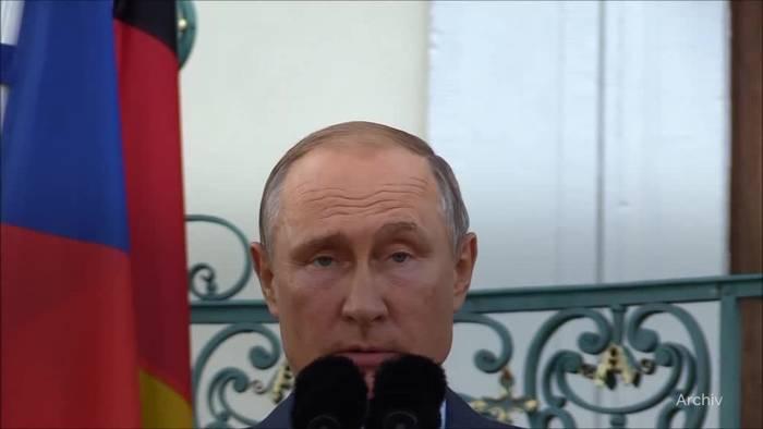Video: Wladimir Putin fiert seinen 67. Geburtstag in der Natur