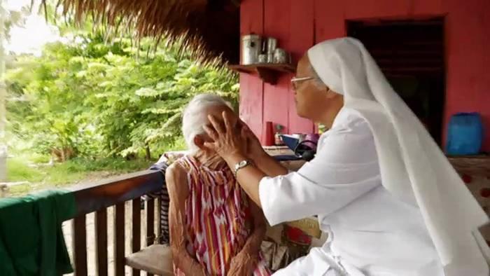 Video: Mission auf dem Amazonas: Im Einsatz mit dem Krankenhausschiff   Glaubenssachen