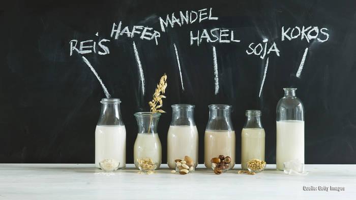 News video: Alternative zu Kuhmilch: Mandelmilch schneidet schlecht ab