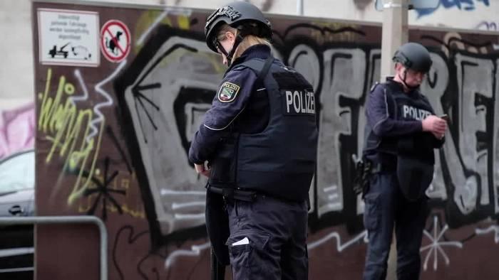 News video: Halle nach Schüssen: Eine Stadt im Ausnahmezustand