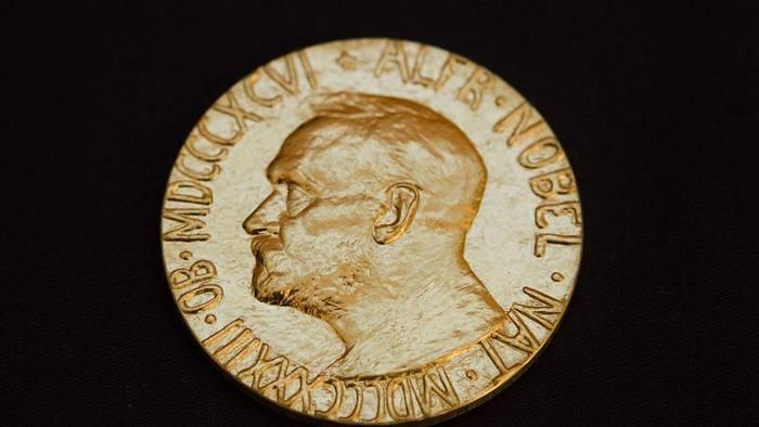 Video: Peter Handke und Olga Tokarczuk mit Literaturnobelpreis ausgezeichnet