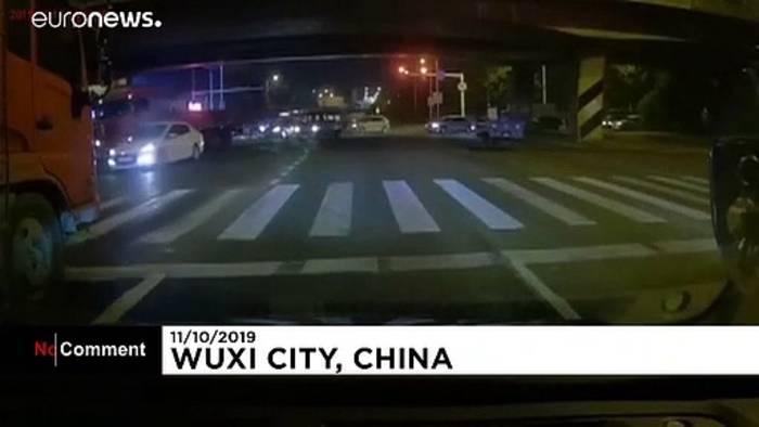 Video: Drei Tote nach Brückeneinsturz im Osten Chinas