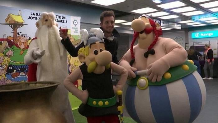 Video: Bilder der Woche: Asterix, Putin und Adler Victor