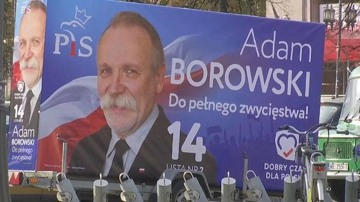 Video: Wahl in Polen: PiS laut Umfragen vorn