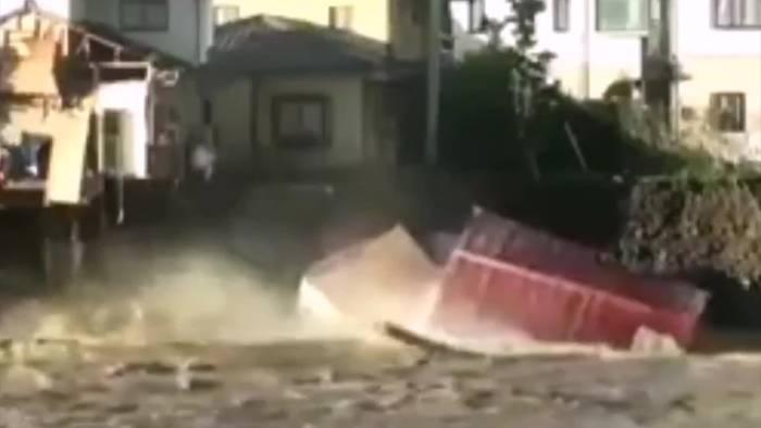 Video: Immer noch Gefahr durch Taifun Hagibis in Japan!