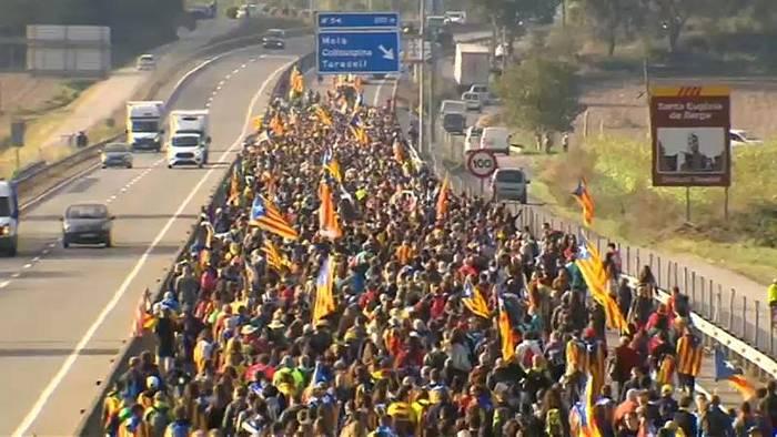 Video: Proteste in Katalonien - Festnahmen und Verletzte