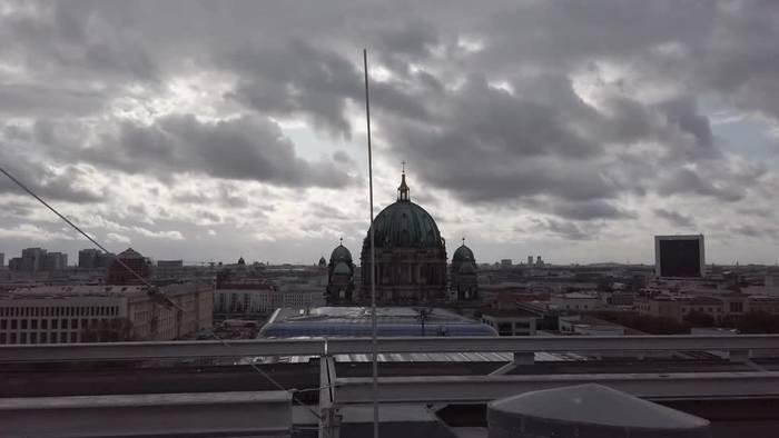 News video: «Aneignung von oben» - Kunstprotest auf den Dächern Berlins