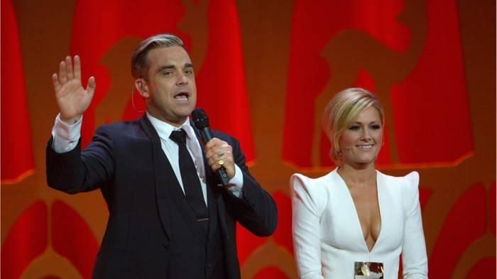 News video: Überraschung! Robbie Williams singt ein Duett mit Helene Fischer