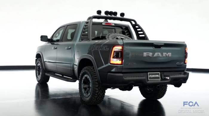 News video: Mopar zeigt umgebaute RAM 1500 Pickups auf der SEMA Show 2018 in Las Vegas