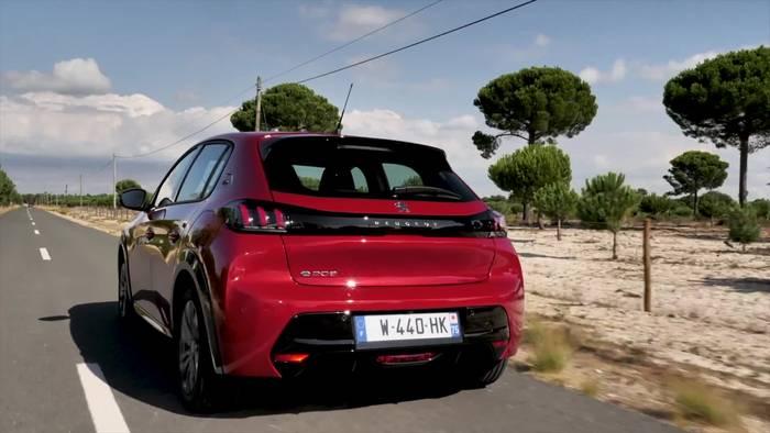 Video: Der neue PEUGEOT 208 - elektrisch, markant und komfortabel