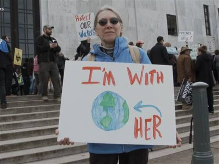 Video: Was haben die heutigen Proteste gemeinsam?