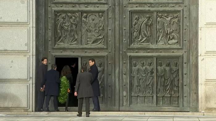 Video: Spanischer Diktator Franco aus dem Grab geholt