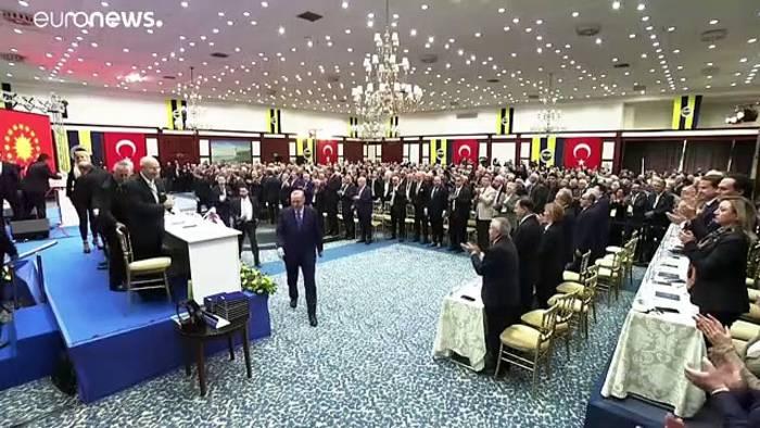 News video: Erdogan droht erneut mit Grenzöffnung
