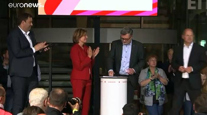 Video: SPD-Stichwahl mit Scholz / Geywitz und Borjans / Esken