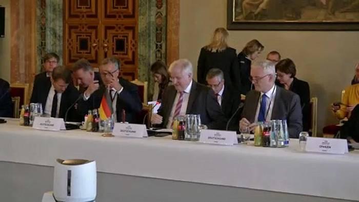 Video: Zusammenarbeit von G6-Staaten bei Bekämpfung von Rechtsextremismus