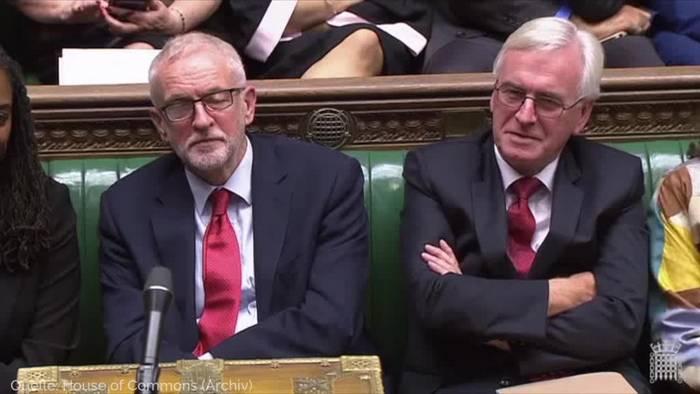 Video: Großbritannien steuert auf Neuwahl im Dezember zu