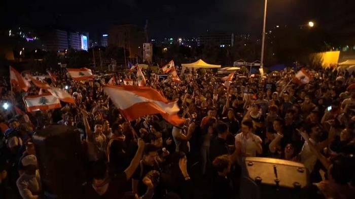 News video: Libanon-Krise: Massenproteste trotz Rücktrittsankündigung