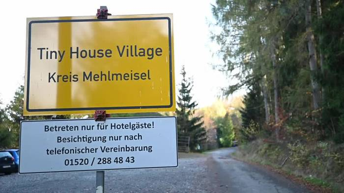 News video: Ein Dorf im Miniaturformat: Tiny Houses im Fichtelgebirge