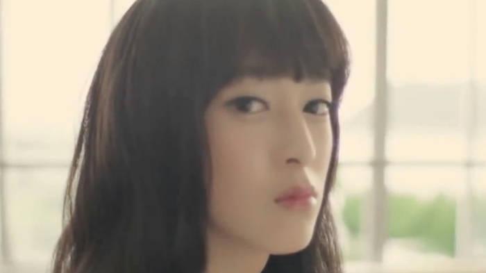 Video: Nur eine Mädchenklasse? Die unglaubliche Macht des Make-ups