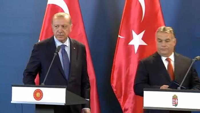 News video: Erdogan besucht Budapest: Er wird von einem Freund empfangen