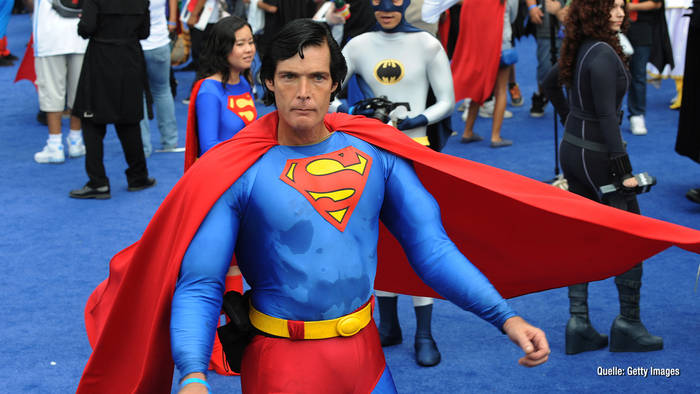 News video: Superman-Imitator vom Hollywood Boulevard verstorben