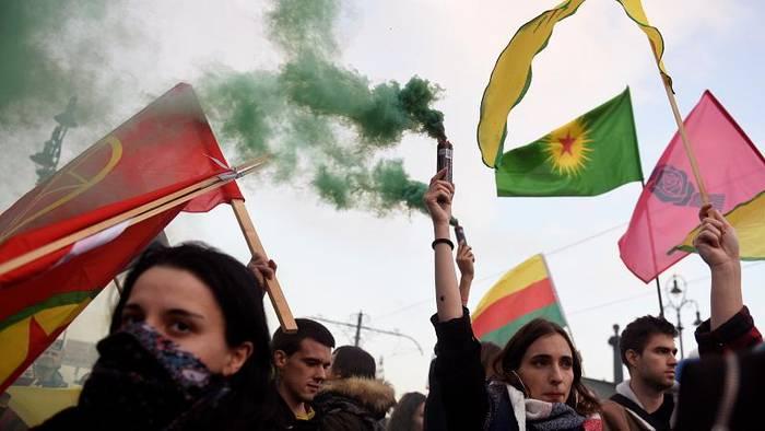 News video: Pro-kurdische Demonstrationen bei Spitzentreffen zwischen Orban und Erdogan