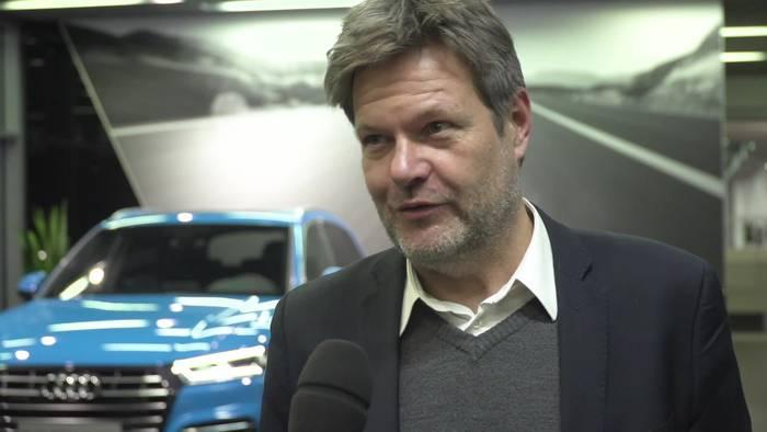 News video: Robert Habeck im Audi Werk Ingolstadt