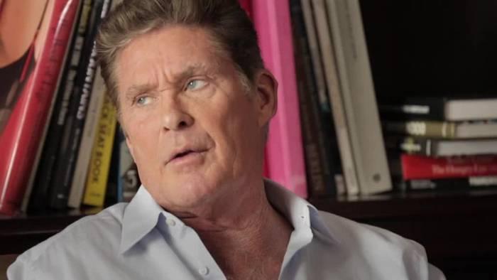 News video: 30 Jahre Mauerfall: Prominente erinnern sich lebhaft