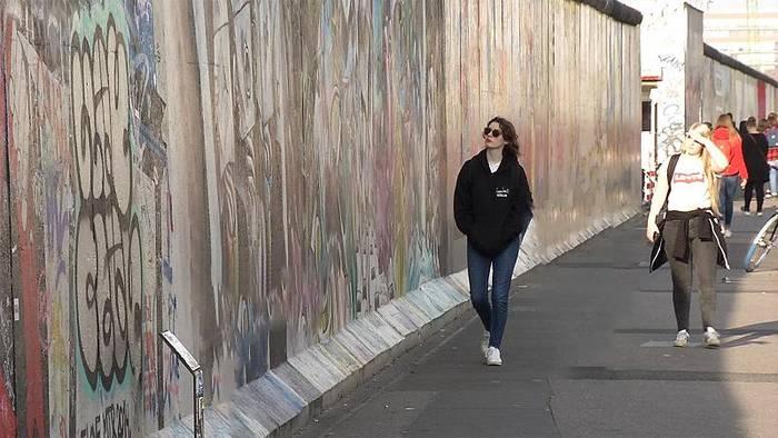 News video: 30 Jahre danach: Wie viel Mauer in den Köpfen steht noch?