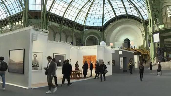 News video: Die ganze Welt der Fotografie zu Gast in Paris